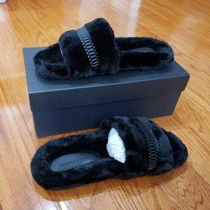 NWT KENDALL + KYLIE Women's Slipper Black Size 9